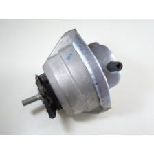 silentbloc moteur E60/E61/E63/E64 droit 530d/535d/635d BMW