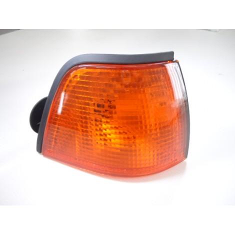 Clignotant E36 avant droit 4 portes et Compact orange BMW
