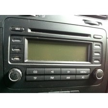 radio CD double DIN VW Touran, Passat 3C B6 05 à 10, Golf 5 03 à 08 d'occasion