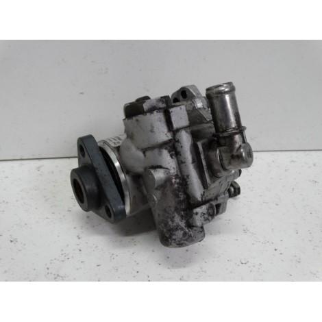 pompe de direction assistée 4B0145455R/M Audi A6 4B 98 à 05 d'occasion