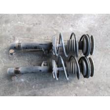 Amortisseurs avant 4 cylindres ( la paire ) Série 3 E46 BMW pièce d'occasion